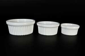 137 oven bowls d=8; 9,5; 12